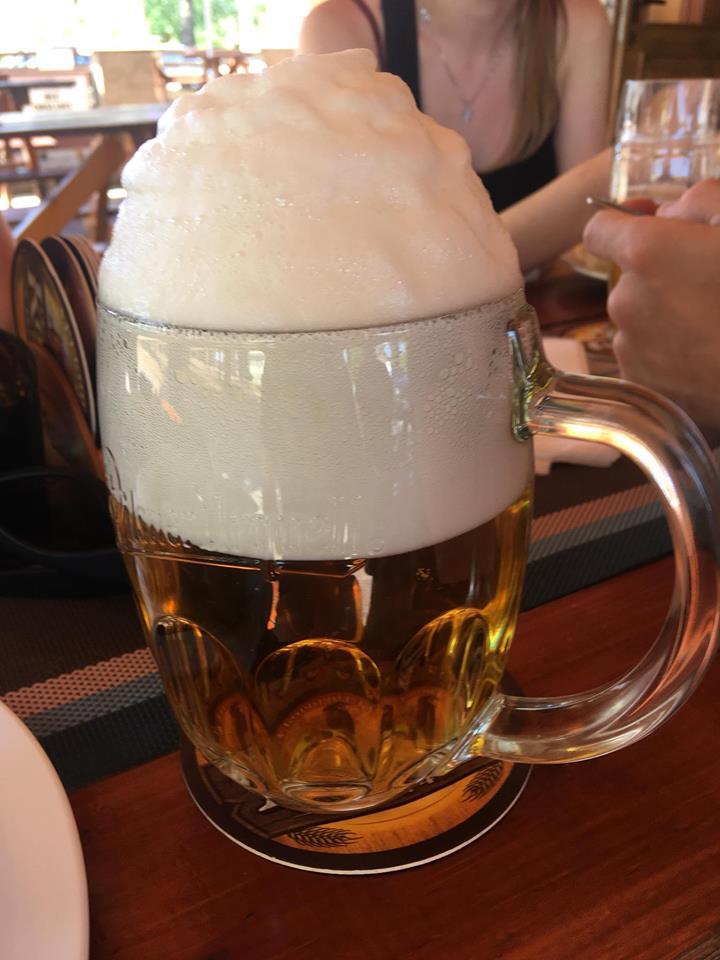 pivo s čepicí